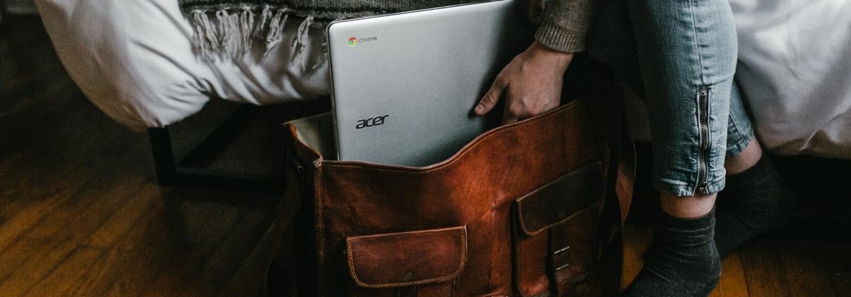 A user starts up a computer.